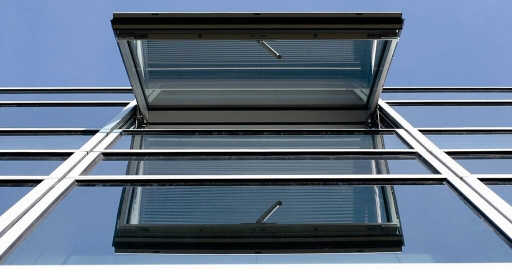 awning window installation in winnipeg